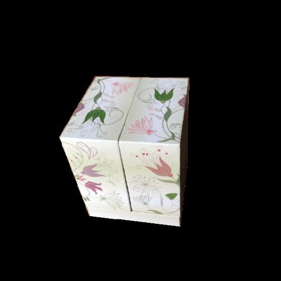 rosa en caja para regalar