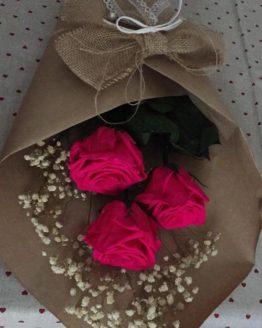 ramo rosas fucsia