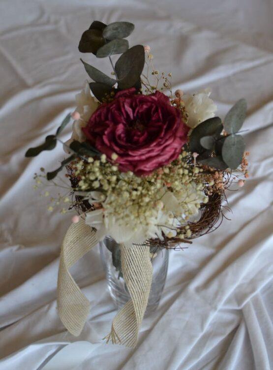 rosas preservadas con tallo